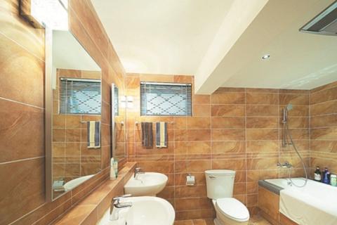 卫生间装修的关键是瓷砖搭配,瓷砖的重要很多人不清楚,设计思路