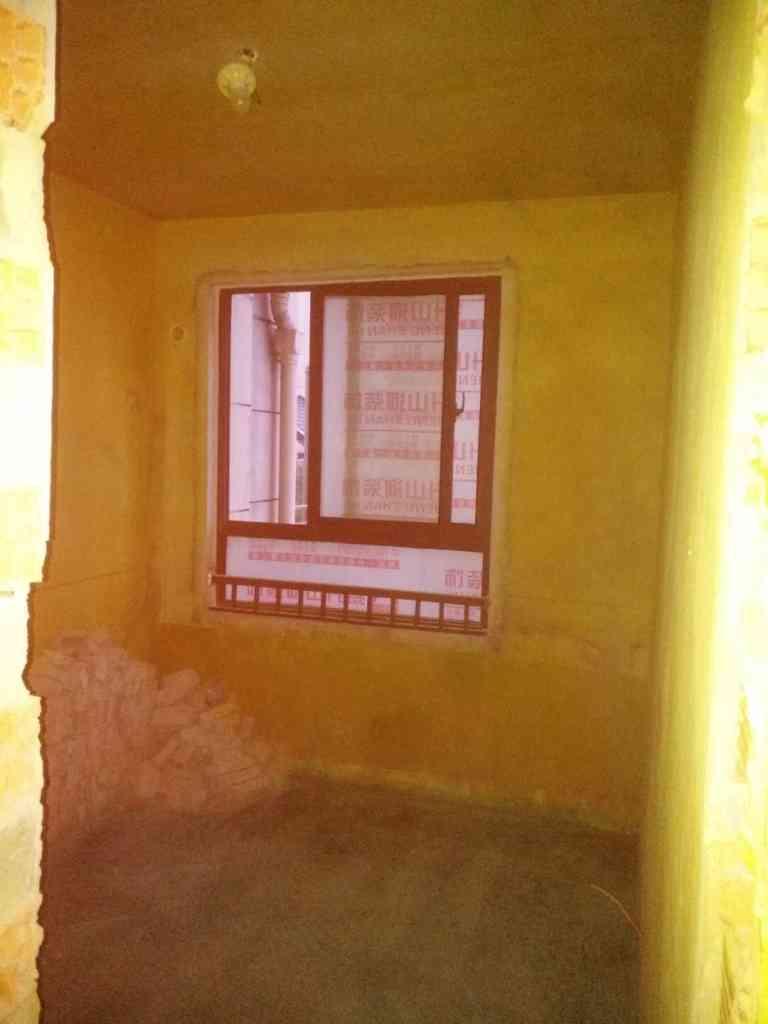 陶冲湖城市广场-黄墙绿地/成品保护