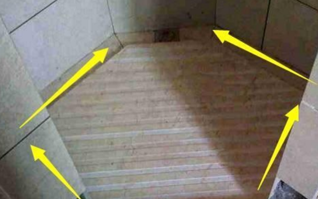 """卫生间做斜坡?还是""""四边走水""""?设计师:内行人早不做斜坡了!插图(6)"""