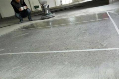 水泥地面不平怎么处理 地面不平用石膏粉补平可以吗