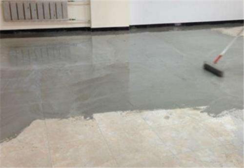 水泥地面不平怎么处理 地面不平用石膏粉补平可以吗插图(4)