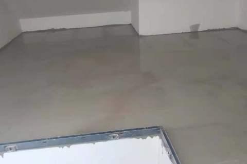 旭辉御府-石膏基厚层自流平施工-山水装饰